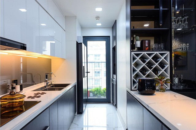 Hoàn thiện trọn gói nội thất căn hộ 98m2 chưa tới 1 tỷ phù hợp với vợ chồng trẻ - Ảnh 4.
