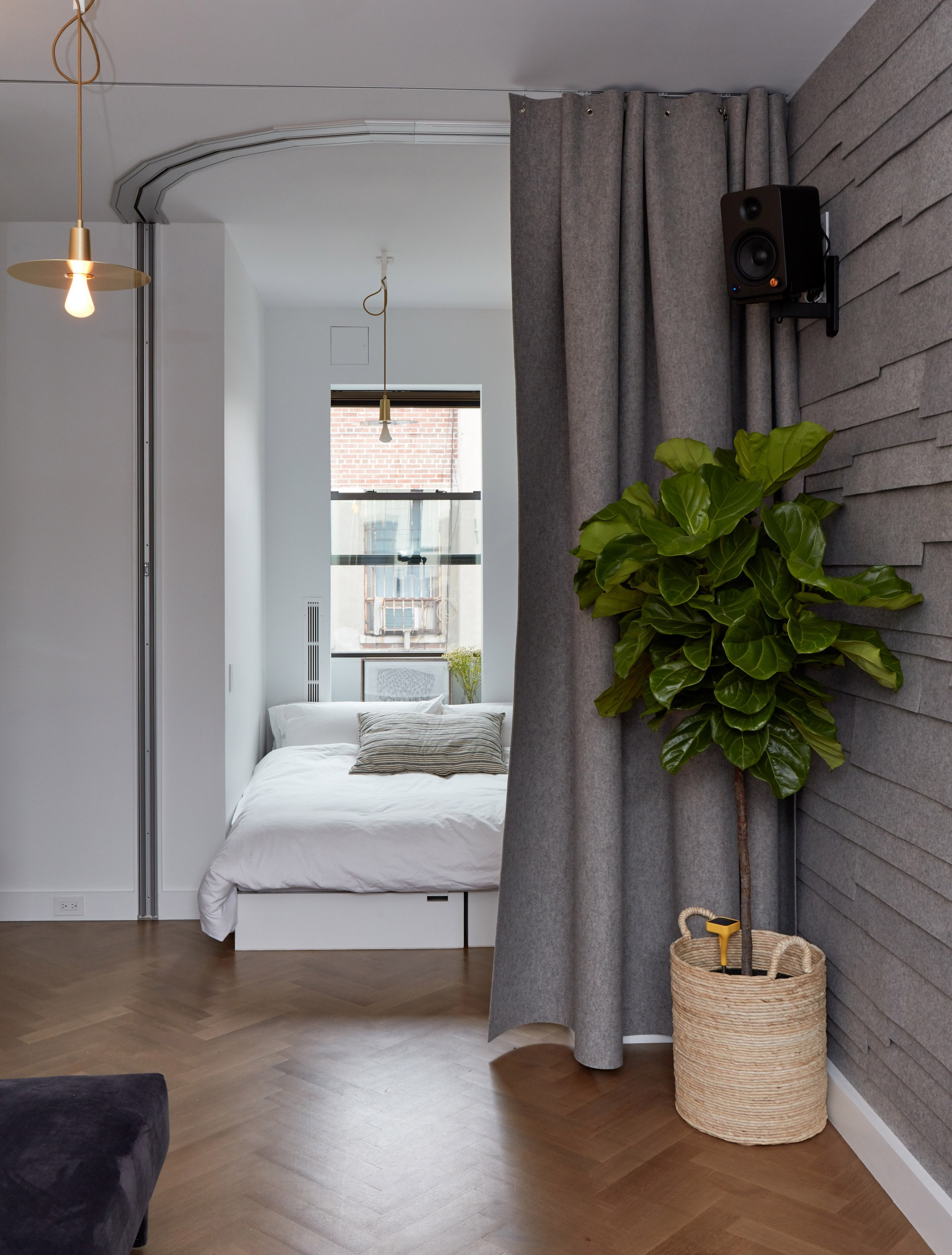 life-edited-2-graham-hill-new-york-apartment-usa_dezeen_2364_col_21