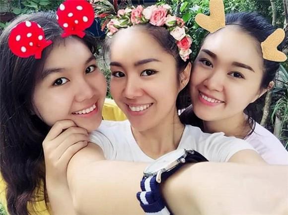 em-gai-le-phuong-3-ngoisao