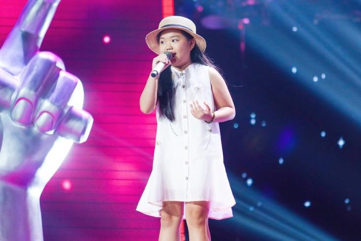 """Hoa hậu Hương Giang khẩu chiến với đàn chị trên ghế nóng The Voice Kids, chưa bao giờ nàng Hoa hậu """"dữ dằn"""" đến thế - Ảnh 9."""
