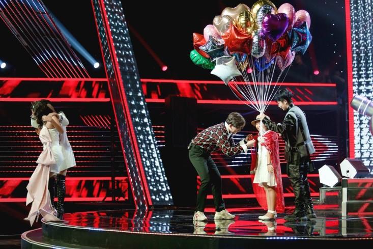 """Hoa hậu Hương Giang khẩu chiến với đàn chị trên ghế nóng The Voice Kids, chưa bao giờ nàng Hoa hậu """"dữ dằn"""" đến thế - Ảnh 10."""