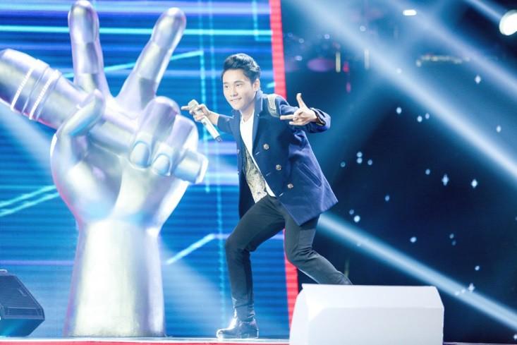 """Hoa hậu Hương Giang khẩu chiến với đàn chị trên ghế nóng The Voice Kids, chưa bao giờ nàng Hoa hậu """"dữ dằn"""" đến thế - Ảnh 6."""