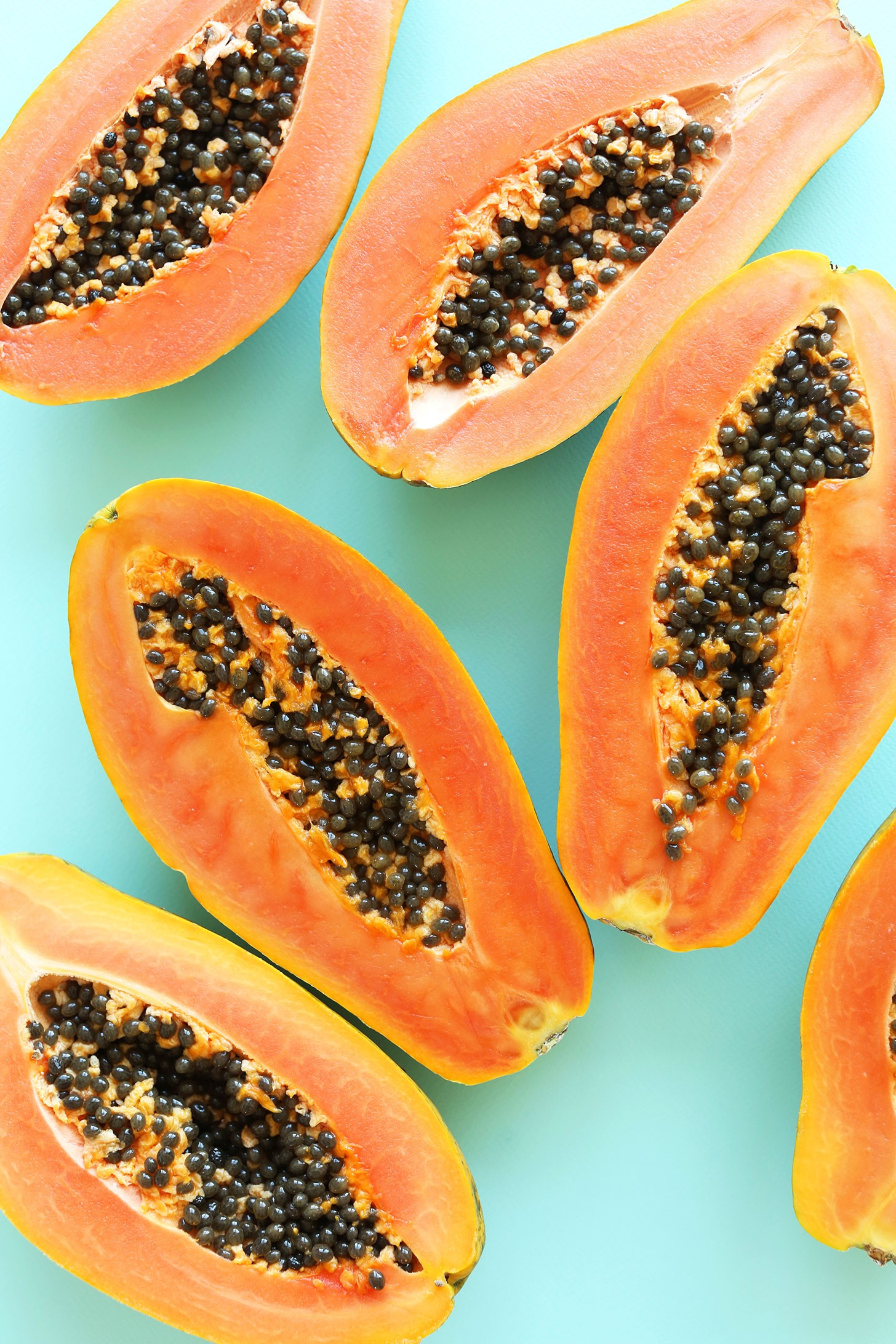 Easy-Papaya-Boats-with-loads-of-toppings-vegan-glutenfree-healthy-recipe-breakfast-snack-papaya