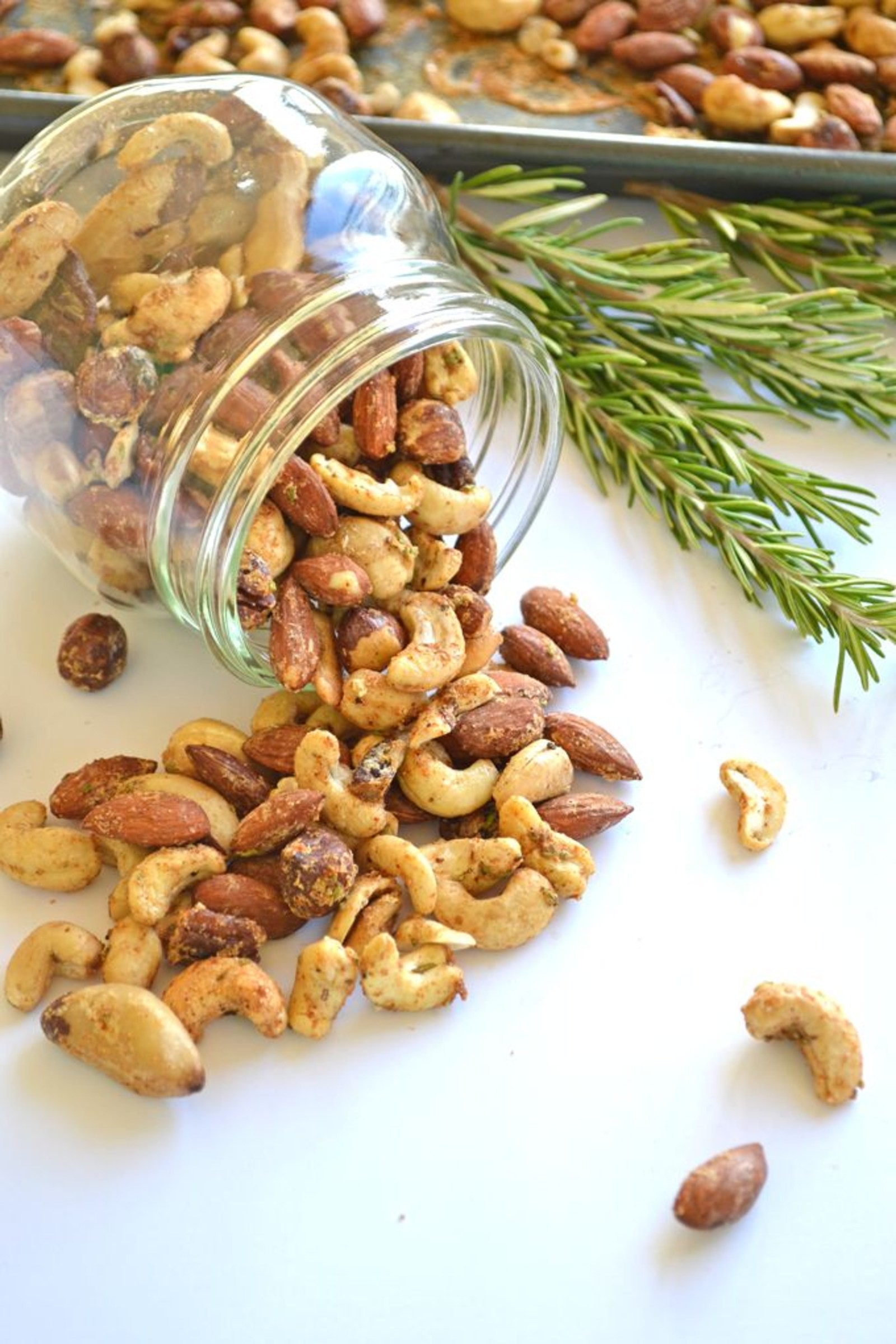-garlic-herb-roasted-nuts-paleo-and-done-in-minutes-E509c3ffd22cb068f823eb6a79d0c3bd0