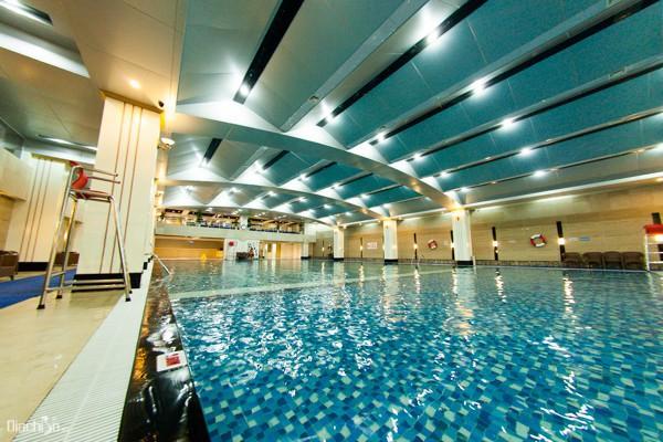 Top những bể bơi nước mặn ở Hà Nội mà bạn và gia đình không thể bỏ qua hè này - Ảnh 4.