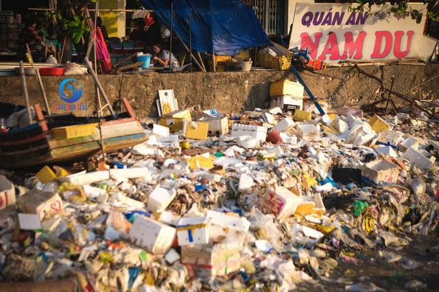 Sống với rác cũng thành quen, nhưng đừng quên, chúng ta còn những lựa chọn tốt hơn - Ảnh 3.