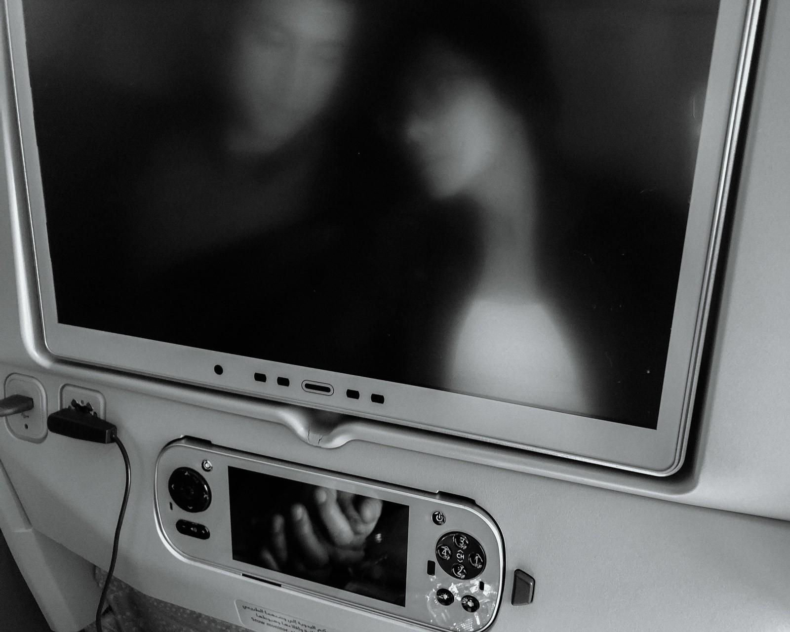 Nữ y tá bị cưỡng hiếp: Vỡ vụn vì bị cưỡng bức, tôi đã cầm đến chiếc máy ảnh - Ảnh 8.
