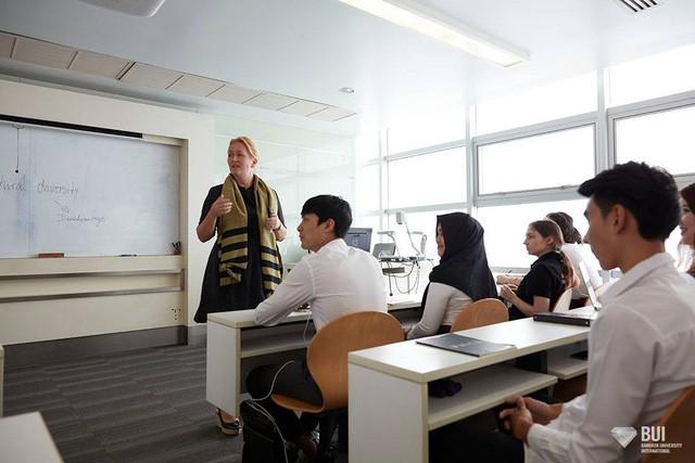 Cho con du học Thái Lan, 1 năm tốn bao nhiêu tiền? - Ảnh 4.