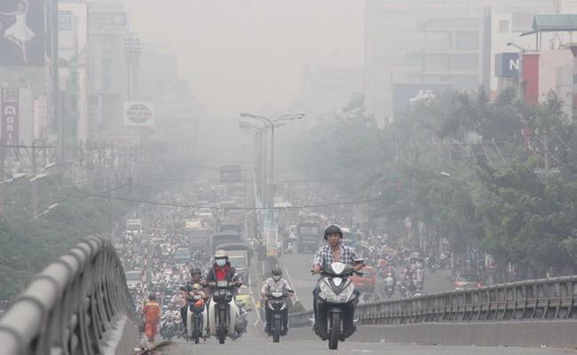 Bụi không khí: Càng nhỏ càng nguy hiểm với sức khỏe - Ảnh 1.