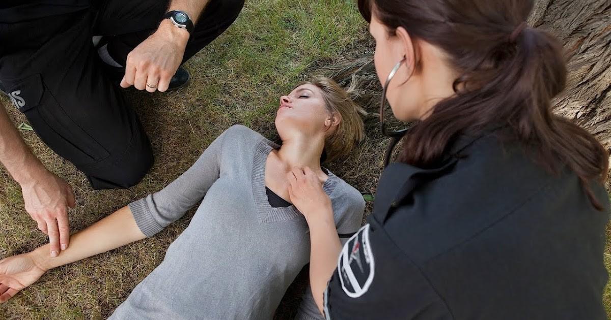 """Người ngừng tim, ngưng thở vẫn có thể được """"hồi sinh"""" nếu bạn làm đúng 3 bước này để cấp cứu họ - Ảnh 3."""