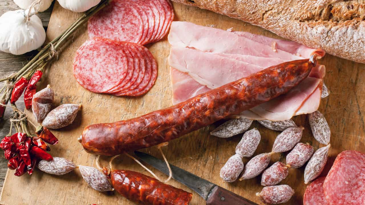 Why-is-Processed-Meat-Bad-and-Why-You-Should-Avoid-Them