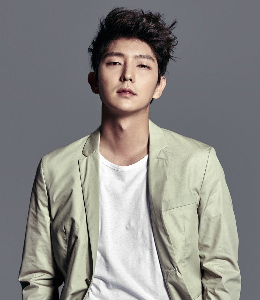 Lee_Joon-Gi-p3