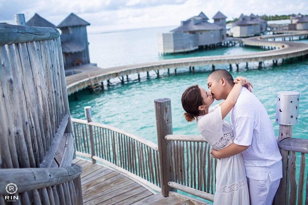 Nguyện ước ngôn tình của người chồng đưa vợ sang Maldives chụp ảnh kỷ niệm ngày cưới - Ảnh 2.