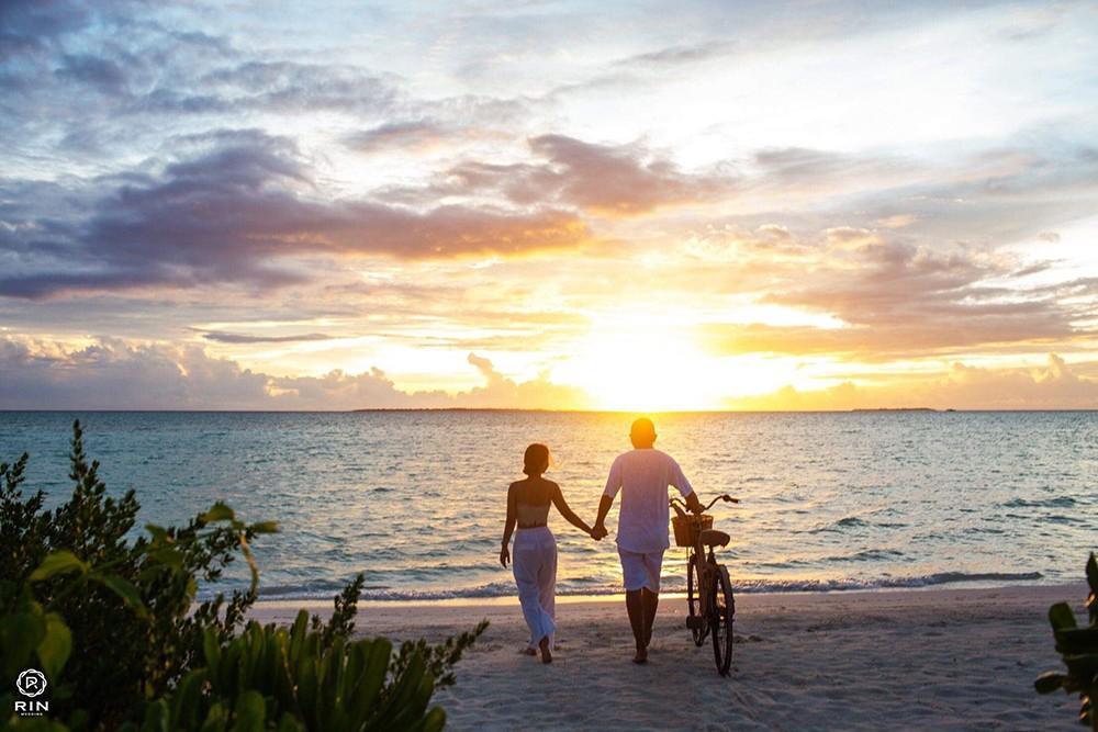 Nguyện ước ngôn tình của người chồng đưa vợ sang Maldives chụp ảnh kỷ niệm ngày cưới - Ảnh 4.