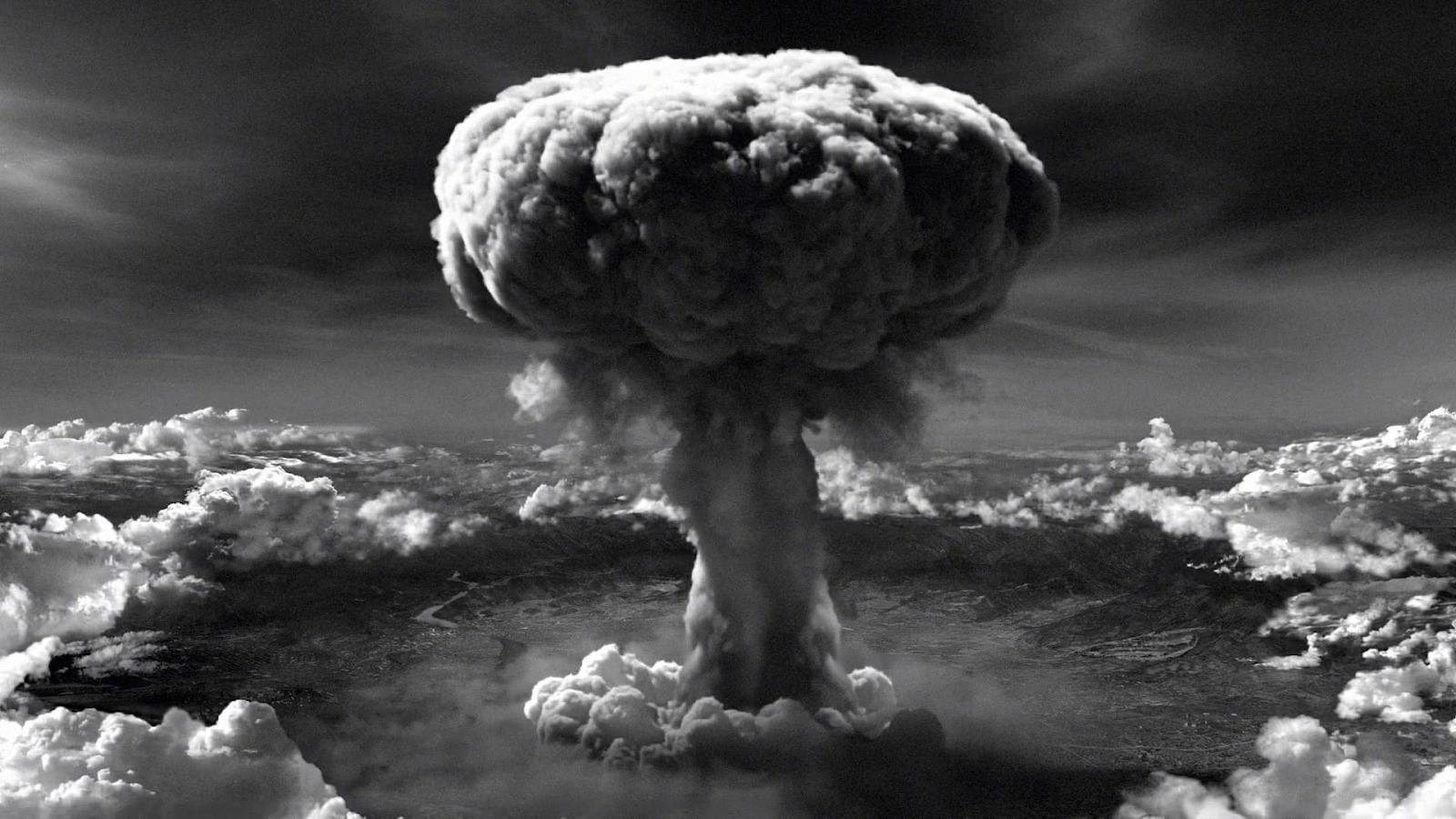 74 năm sau thảm họa bom nguyên tử: Thành phố Hiroshima và Nagasaki hồi sinh mạnh mẽ, người sống sót nhưng mãi chỉ nằm lại ở quá khứ - Ảnh 1.