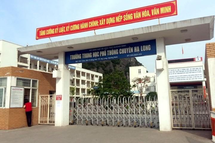 Quảng Ninh: Điều tra thông tin nữ sinh lớp 11 bị rạch mặt trong nhà vệ sinh nhà trường - Ảnh 1.