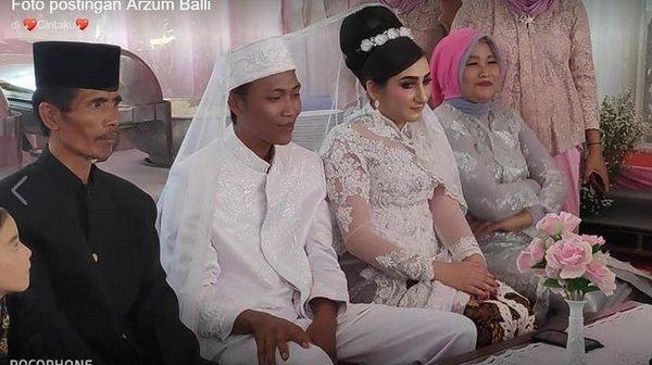 Cô gái vượt 13.000km cầu hôn người trong mộng ngay lần gặp đầu tiên - Ảnh 6.