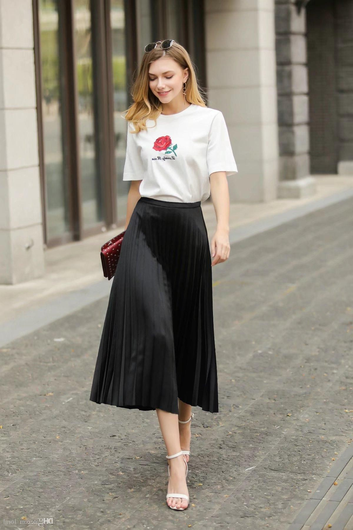 Midi-Pleated-Skirts-Inspiring-Outfit-Ideas-33