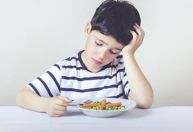 4 giải pháp xóa tan nỗi lo con biếng ăn mẹ Việt cần phải biết - Ảnh 1.