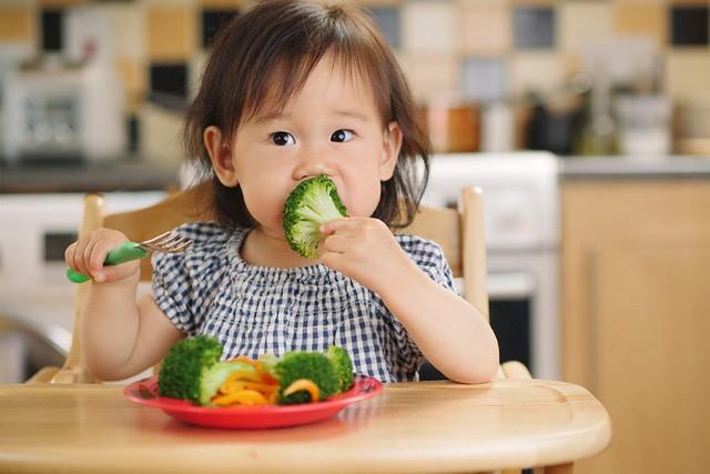 4 giải pháp xóa tan nỗi lo con biếng ăn mẹ Việt cần phải biết - Ảnh 4.