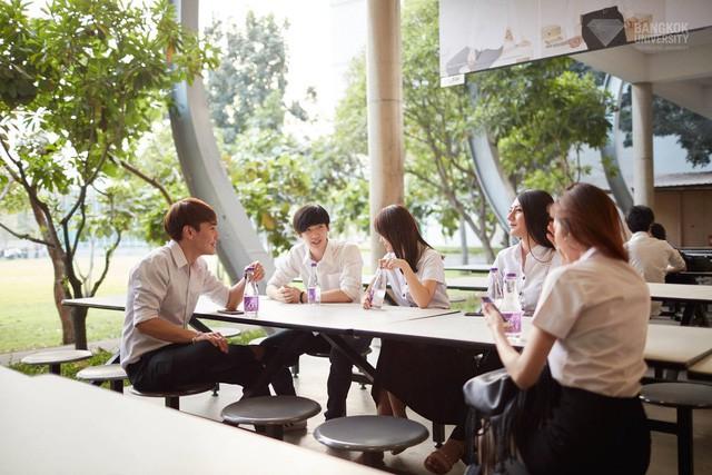 Du học Thái Lan, sinh viên Việt Nam sinh sống như thế nào? - Ảnh 1.