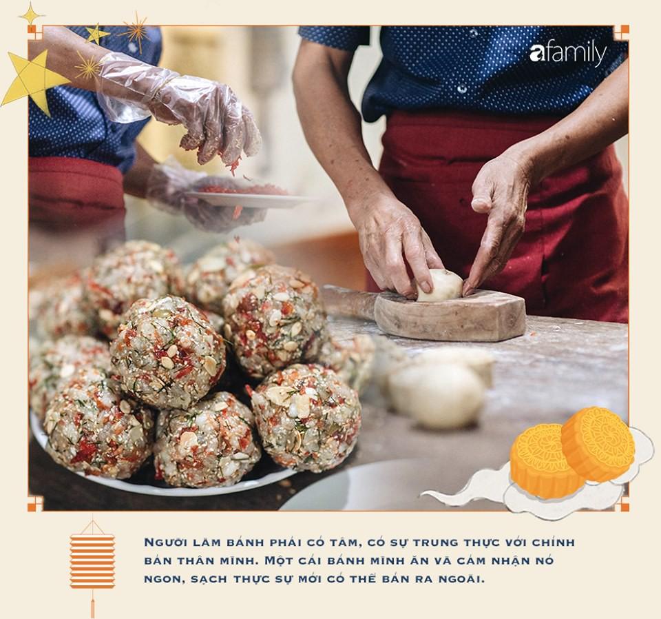 Hậu duệ đời thứ 4 của gia tộc hơn 100 năm làm bánh Trung thu đất Hà Thành: Nếu ăn chơi có thể thử 'của lạ', nhưng muốn nhớ lâu hãy quay về truyền thống - Ảnh 17.