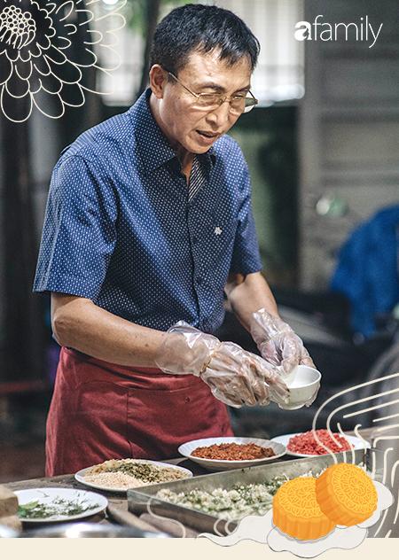 Hậu duệ đời thứ 4 của gia tộc hơn 100 năm làm bánh Trung thu đất Hà Thành: Nếu ăn chơi có thể thử 'của lạ', nhưng muốn nhớ lâu hãy quay về truyền thống - Ảnh 3.