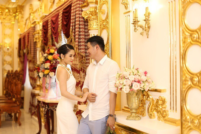 Những đám cưới xa hoa, dát đầy vàng của con đại gia Việt - Ảnh 2.
