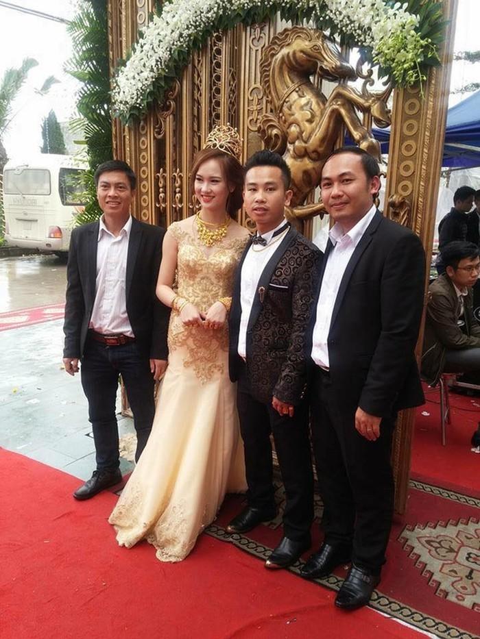 Những đám cưới xa hoa, dát đầy vàng của con đại gia Việt - Ảnh 7.