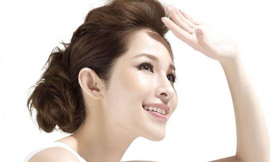 Phụ nữ có những đặc điểm này trên mặt thì xác định sở hữu phúc tướng trời ban, cuộc sống dù khó khăn cách mấy cũng vượt qua và giàu có - Ảnh 2.
