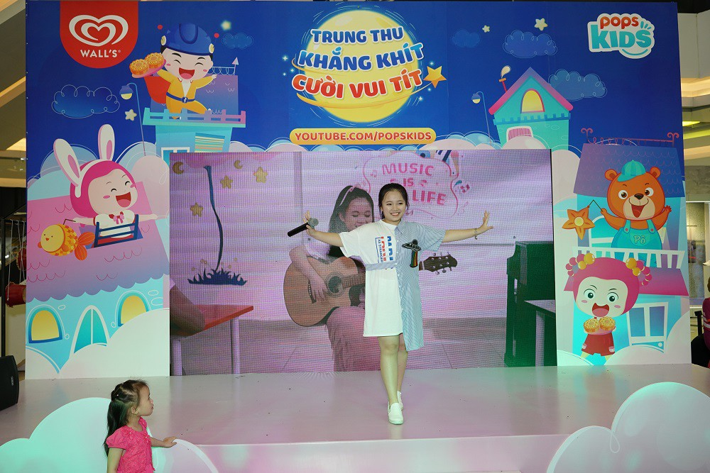 """Hàng ngàn bé yêu """"cười vui tít"""" tại ngày hội trăng rằm cùng POPS Kids - Ảnh 4."""