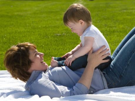 Tuyệt chiêu tăng sức đề kháng cho bé ngày giao mùa - Ảnh 2.