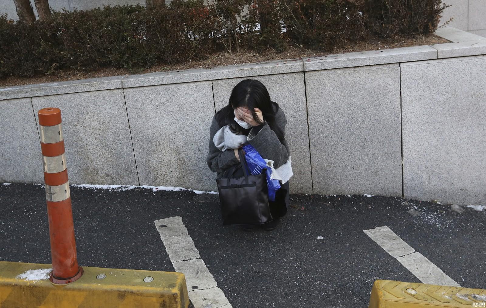 Góc khuất đằng sau một Hàn Quốc phát triển: Sự kỳ vọng của xã hội giết chết ước mơ của con người, tỷ lệ tự tử cao bậc nhất thế giới - Ảnh 3.