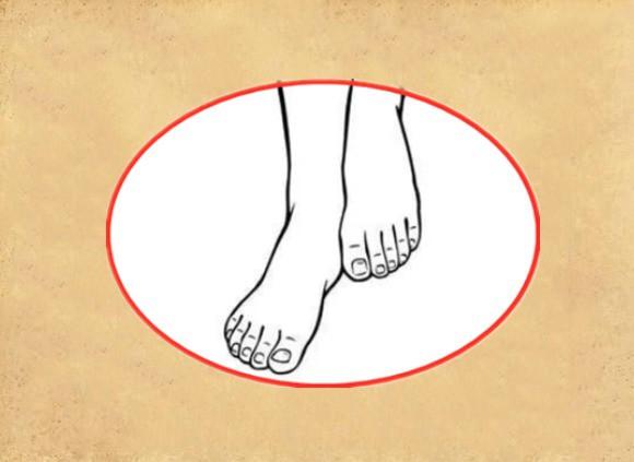 Phụ nữ sở hữu bàn chân thiên kim thì cả đời tận hưởng cuộc sống viên mãn, tiền vận trăm người chiều chuộng, hậu vận vạn người cung phụng - Ảnh 1.