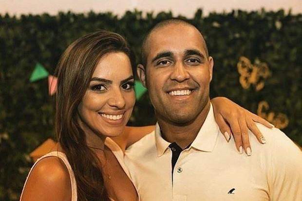 Cô dâu trẻ tử vong trên xe đến lễ đường kết hôn vì căn bệnh nguy hiểm - Ảnh 1.