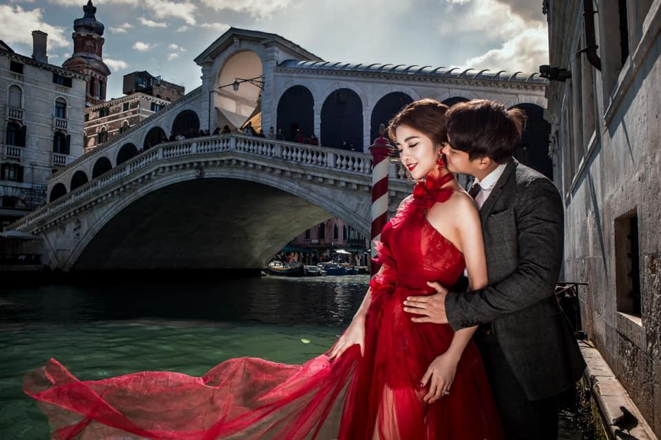 Nàng Rich kid Giang Lê tung bộ ảnh cưới xuất sắc tại Paris, chú rể hóa ra từng là người tình tin đồn của Angela Phương Trinh - Ảnh 10.