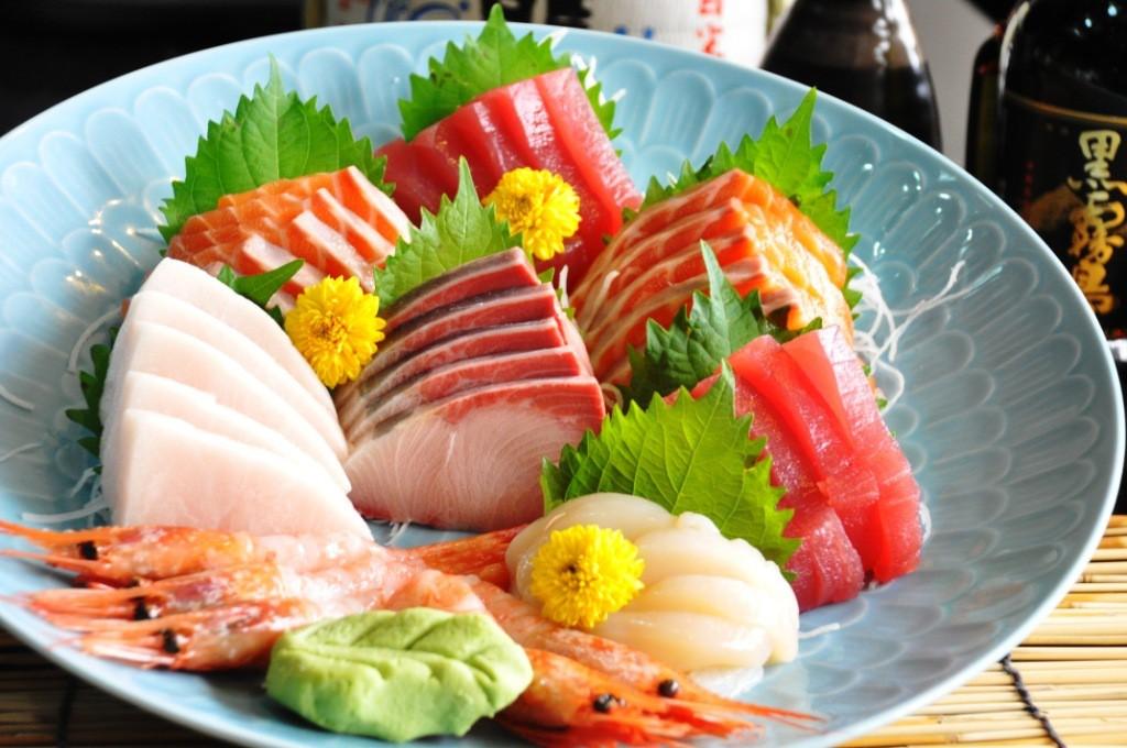 """""""Chanh, wasabi không làm chết ký sinh trùng trong đồ ăn sống"""" vậy nên ăn như thế nào để đảm bảo sức khỏe? - Ảnh 2."""