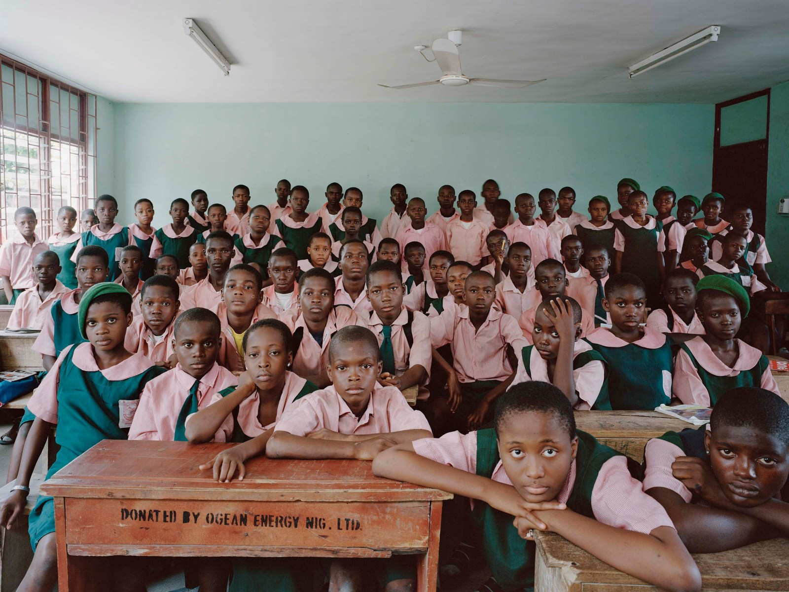 14school_uniforms_around_the_world1