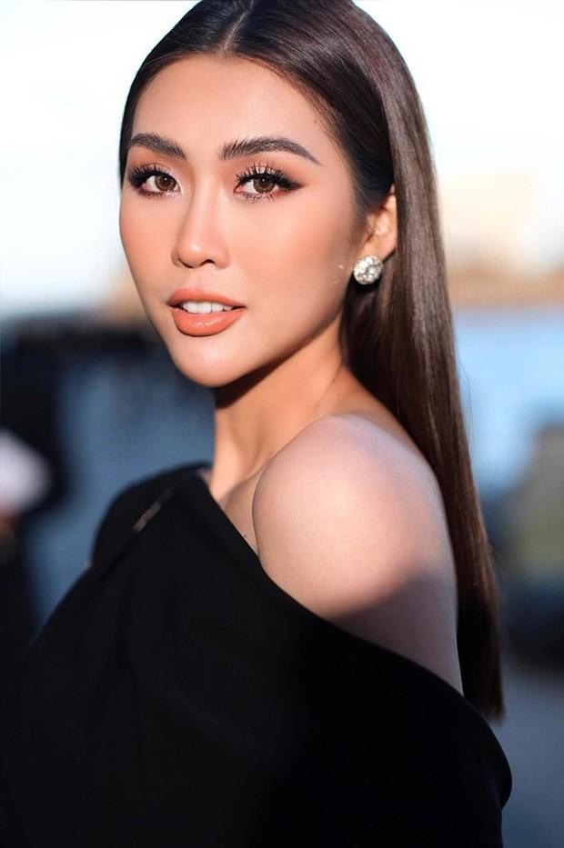 Tô son điểm phấn theo đúng kiểu Miss Universe, Thúy Vân bỗng dưng thành chị em sinh đôi với một Hoa khôi đàn em - Ảnh 3.