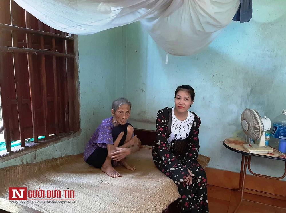 Vụ vợ chồng con trai bị tố nhốt mẹ 87 tuổi ở chuồng bò: Mẹ từng xin ăn nuôi con khôn lớn - Ảnh 3.