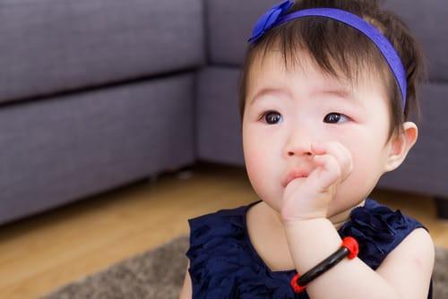 3-thoi-quen-lam-veo-rang-o-tre-1-1561280984959669639847