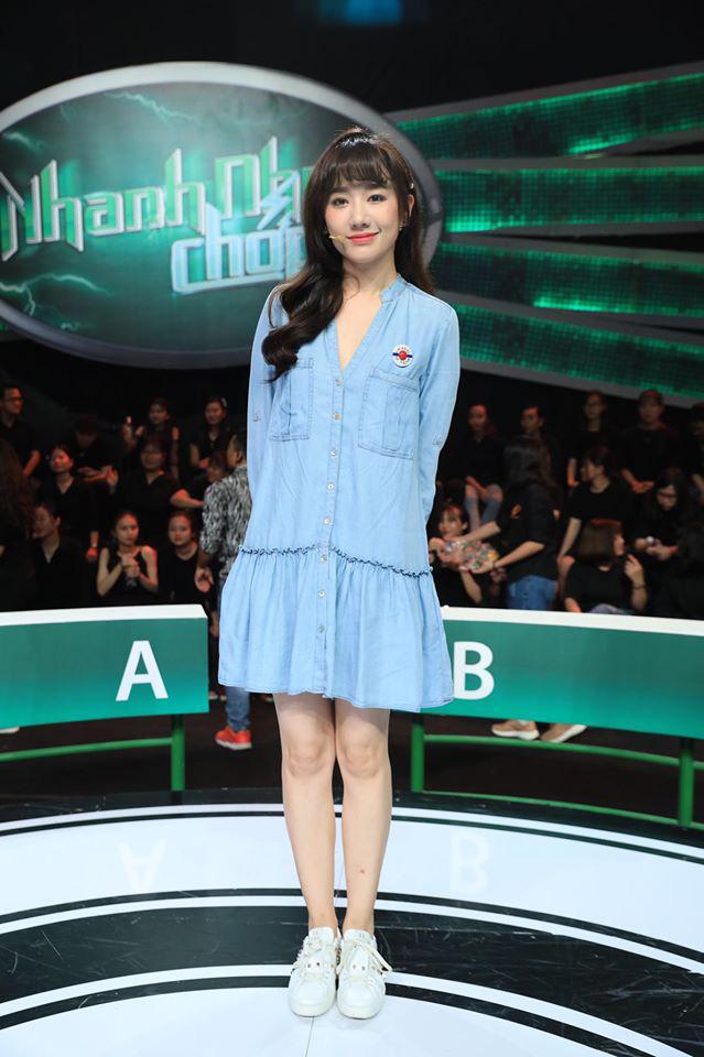 Không phải váy áo ôm sát, mà chính kiểu dáng này lại khiến Hari Won như bầu bí mấy tháng, các chị em cũng nên nhìn mà tránh - Ảnh 9.