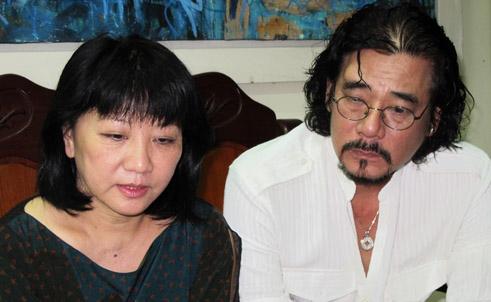 Vợ chồng ca sĩ Cẩm Vân bị lừa tiền tỷ