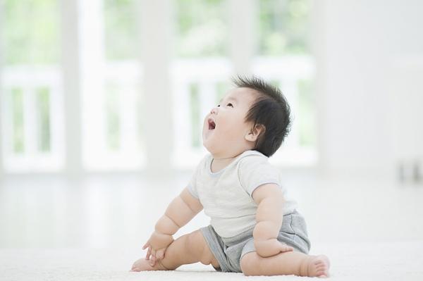 Tư vấn sự phát triển của bé 9 tháng tuổi