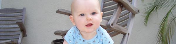 Những bước phát triển đáng lưu ý của bé 9 tháng tuổi