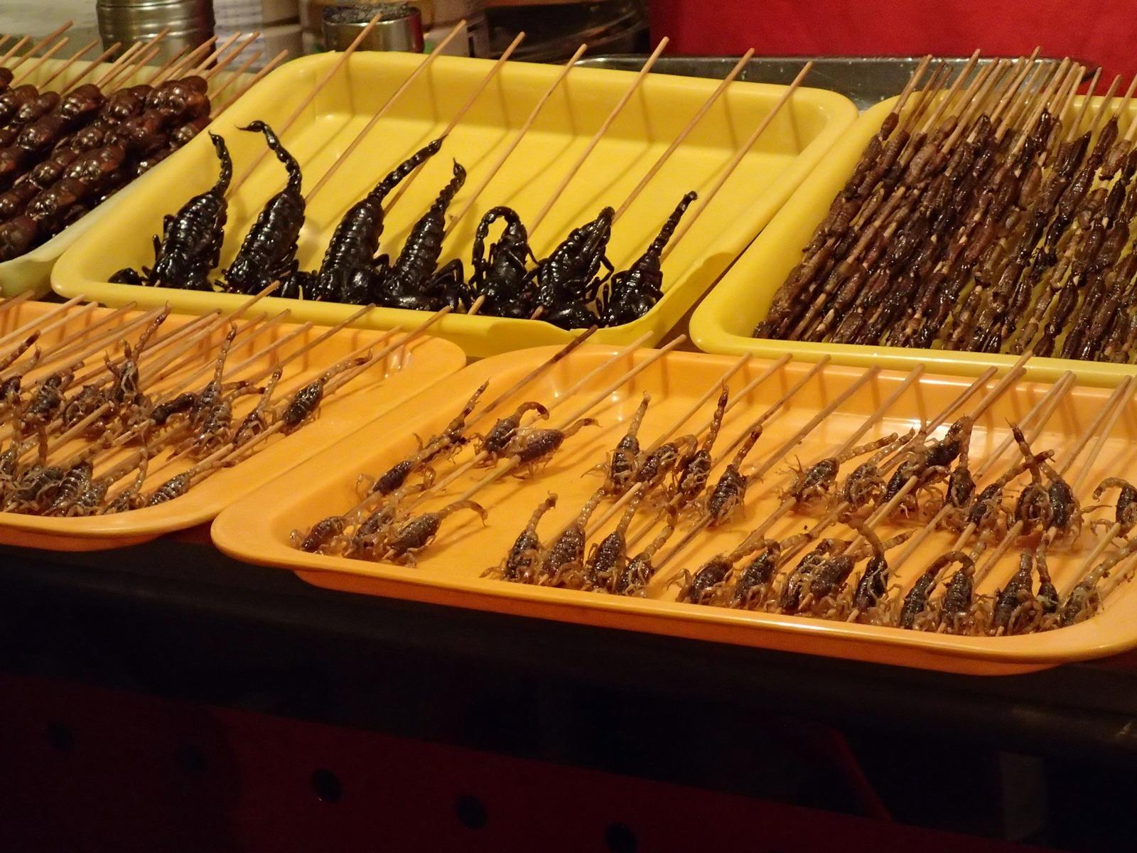 Côn trùng ở chợ đêm Bắc Kinh