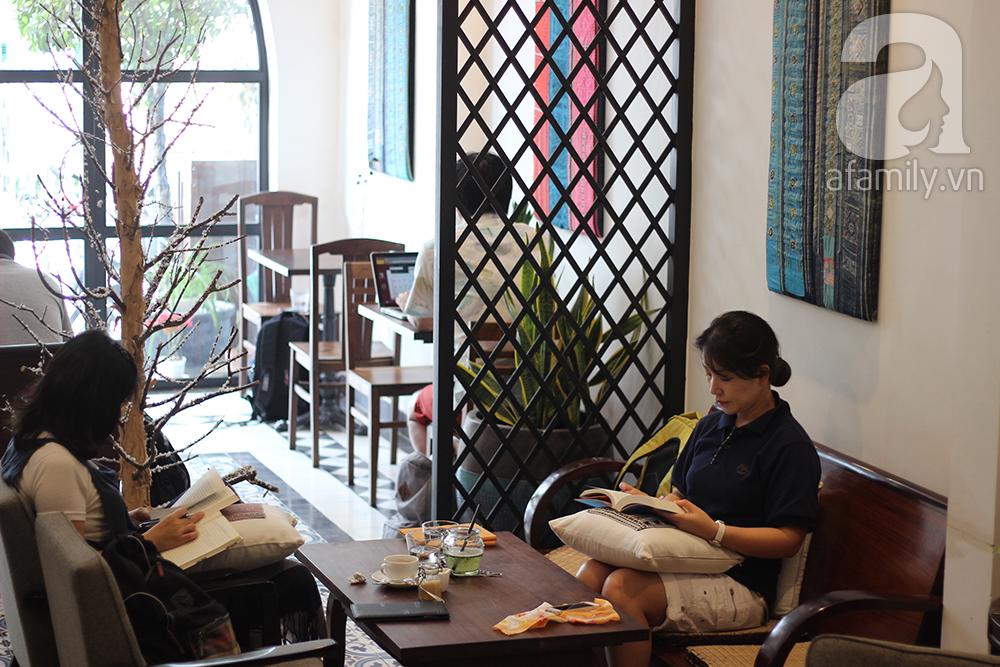 """6 quan ca phe tim su thu thai o sai gon 4244aefdb3 - 6 quán cà phê tuyệt đẹp để """"tìm thảnh thơi"""" ở Sài Gòn"""