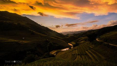 Clip: Chẳng cần đi đâu đó xa xôi, ngay Việt Nam thôi cũng có rất nhiều cảnh sắc tuyệt đẹp thế này!
