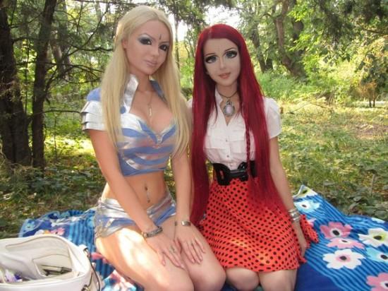 Hotgirl giống hệt nhân vật hoạt hình