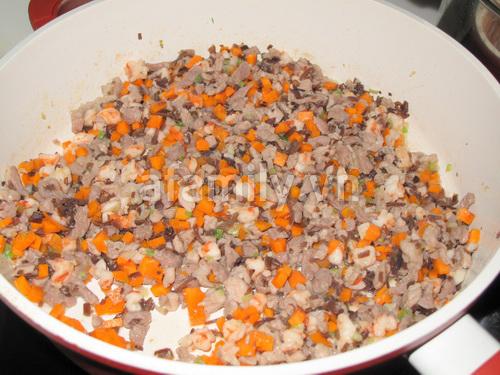 Bánh ít nhân tôm thịt - vị ngon dân dã